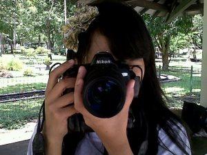 Aku ingin mengambil gambarmu, idolaku :)